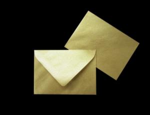 Goldene Briefumschläge DIN C8